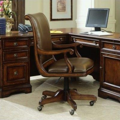 kursi kantor kayu