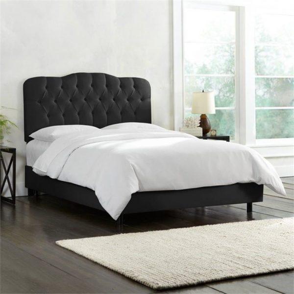 tempat tidur utama mewah
