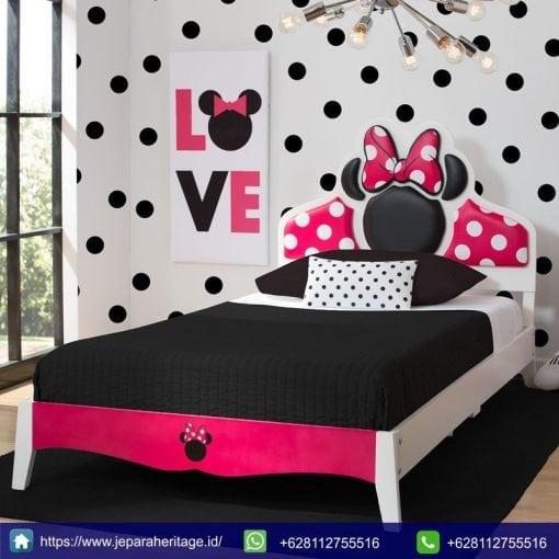 tempat tidur anak karakter perempuan