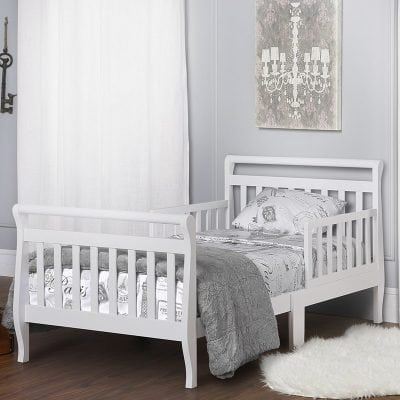 tempat tidur anak berpagar