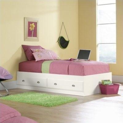 tempat tidur anak simple