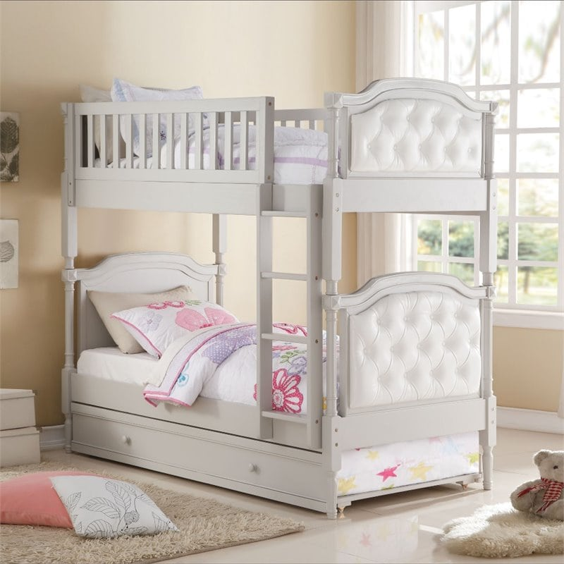 tempat tidur anak tingkat klasik