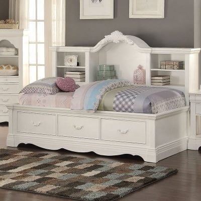 Satu Set Tempat Tidur Daybed