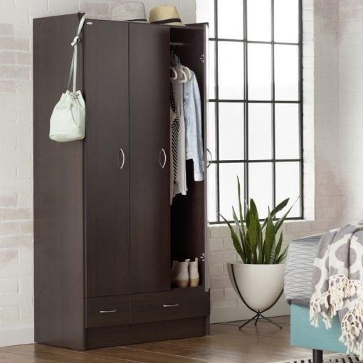 Lemari Pakaian Tiga Pintu Minimalis (3)