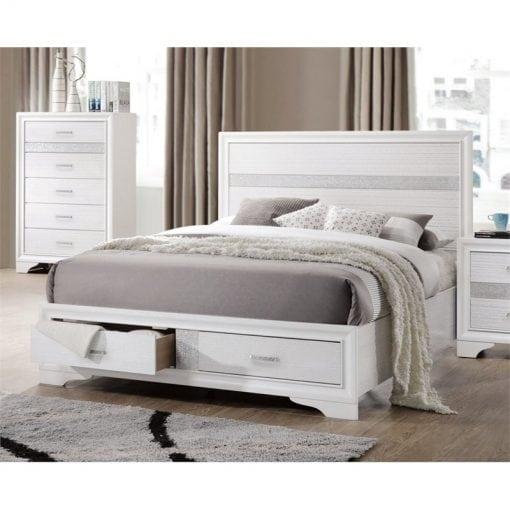 Tempat Tidur Warna Putih