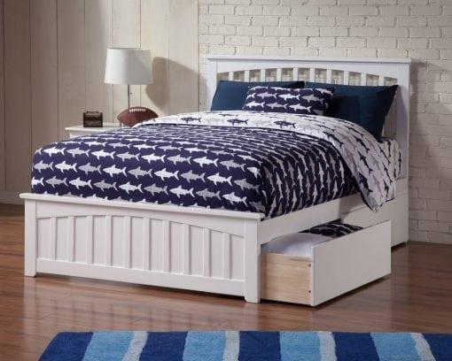 Tempat Tidur Berlaci Minimalis