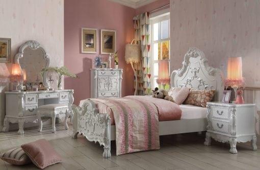 Set Tempat Tidur Mewah Elegant
