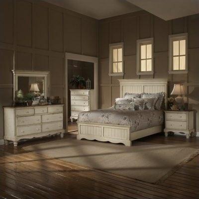 Set Kamar Tempat Tidur Klasik